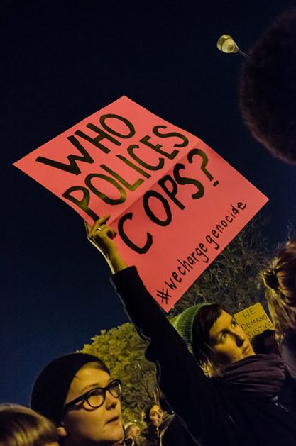 silent protest at 11th police district (photo by Sarah Jane Rhee, 10/22/14)